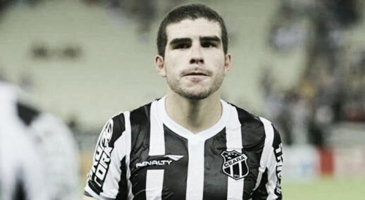 Richardson lamenta falhas do Ceará na derrota para Flamengo, mas cobra 'cabeça erguida'