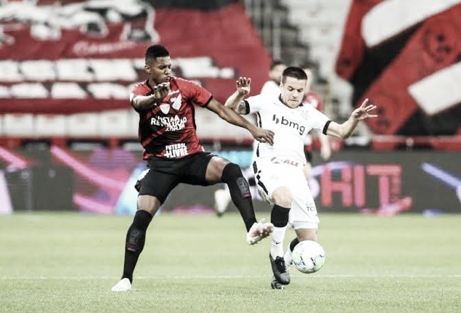 Gols e melhores momentos Corinthians 3 x 3 Athletico-PR pelo Campeonato Brasileiro