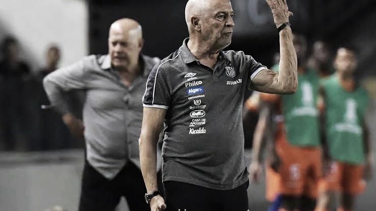 """Demitido do Santos em agosto, Jesualdo Ferreira detona presidente Peres: """"Foi desleal"""""""