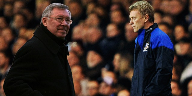 Sir Alex Ferguson se retire, David Moyes le remplace