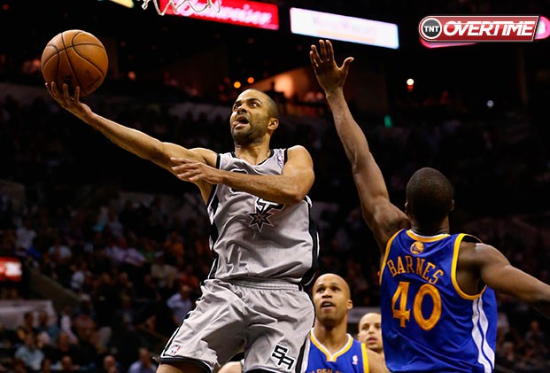 Comandado por Parker, Spurs vence Warriors no jogo cinco