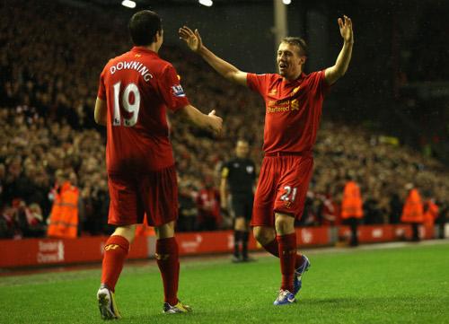 Downing se luce en la victoria del Liverpool sobre el Fulham