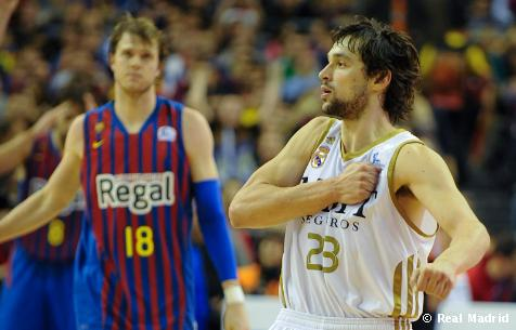 El Madrid destroza (85-59) al Regal Barcelona y domina la final 2-1