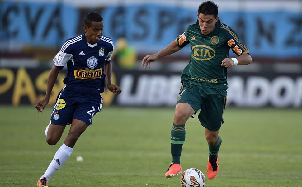 Mesmo com derrota, Palmeiras termina como líder do Grupo 2