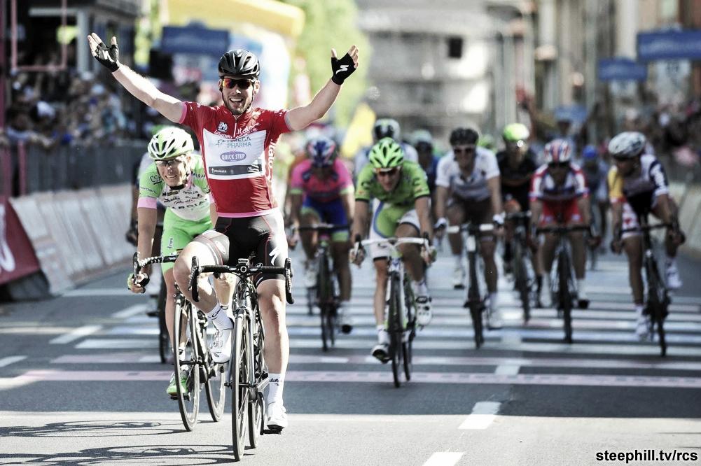 Cavendish gagne, Nibali triomphe