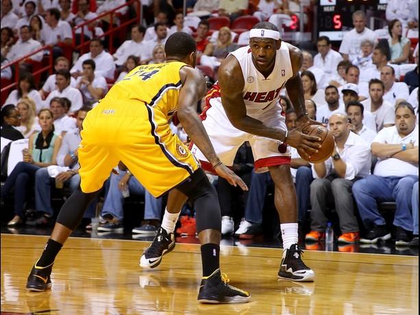 LeBron decide e Heat vence Pacers na prorrogação