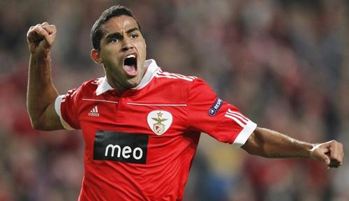 Palmeiras contrata Alan Kardec e fica perto de Felipe Menezes