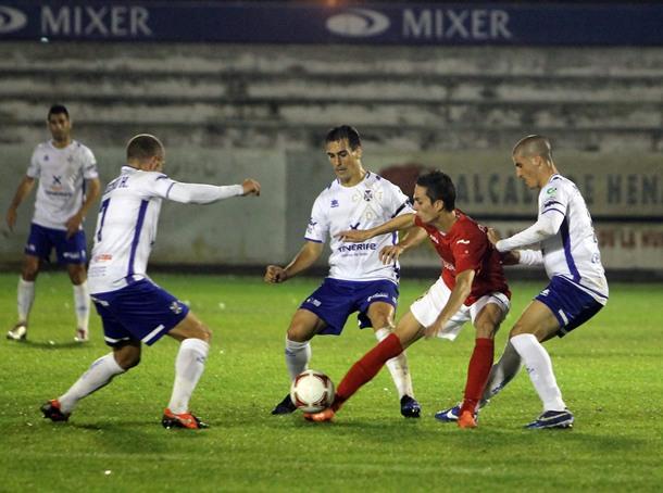El Tenerife se atraganta lejos del Heliodoro (0-0)
