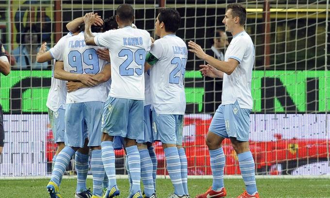 Com gol de Hernanes, Lazio vence Inter fora de casa