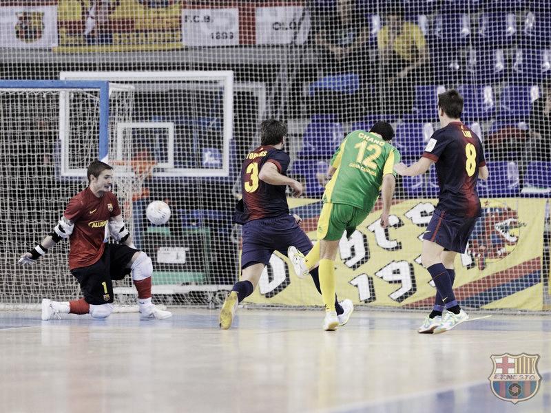 Chano metió miedo a un Barça Alusport que se escapa