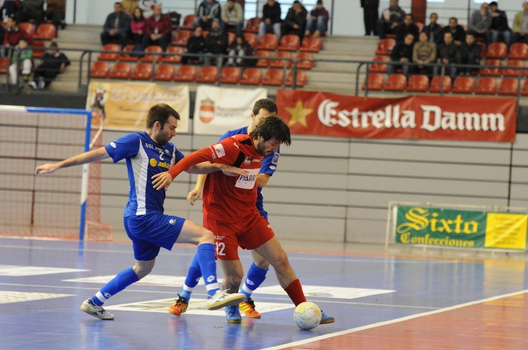 Azkar Lugo sale de los puestos de promoción tras su contundente victoria frente a Puertollano FS