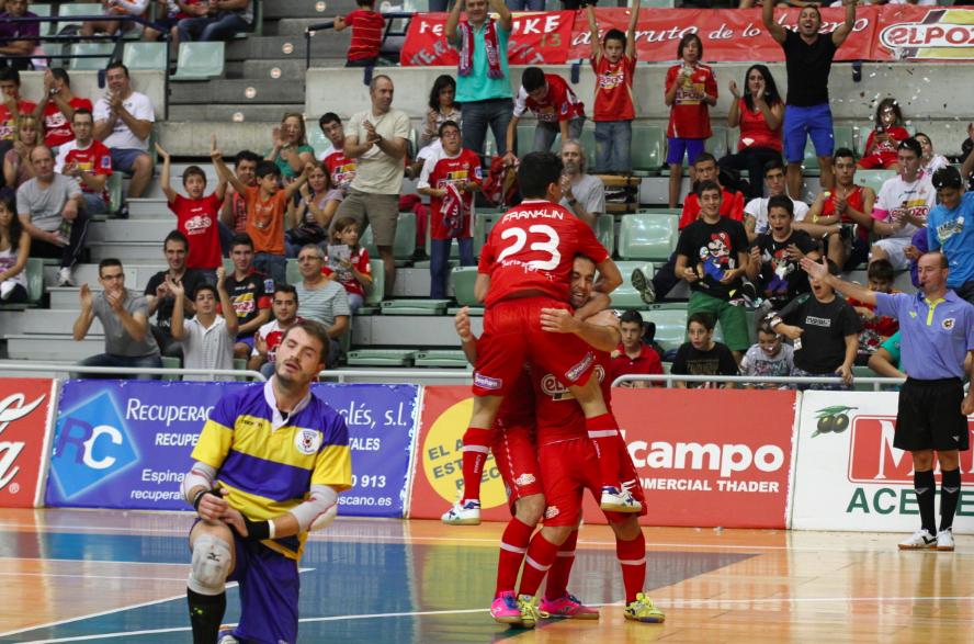 ElPozo Murcia golea al Manacor en el partido aplazado por las inundaciones