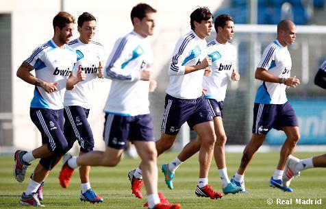 El Real Madrid completó el tercer entrenamiento con los internacionales