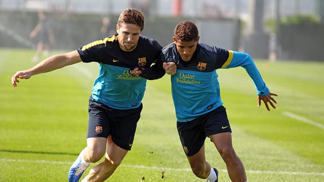 Entrenamiento sin los internacionales junto al Barça B