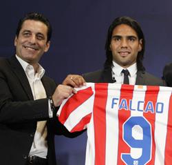 """Futre: """"Falcao está en la cima del fútbol"""""""