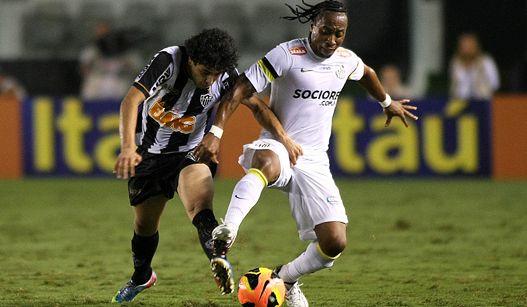 Recheado de garotos, Santos vence o Atlético-MG