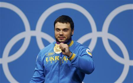 Torokhtiy se lleva el oro en una jornada ajustadísima de halterofilia