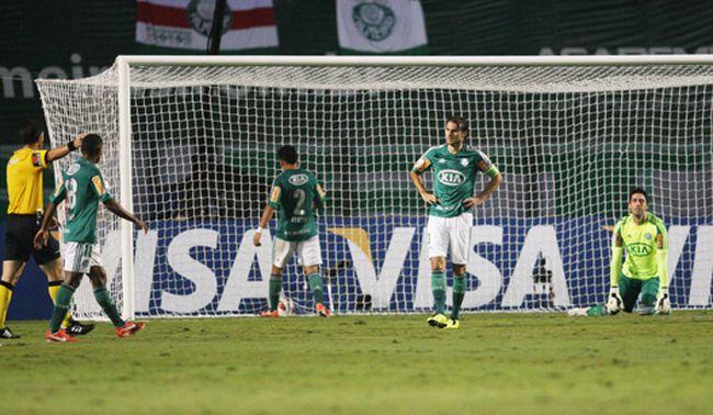 Com falha de Bruno, Palmeiras perde do Tijuana e está eliminado