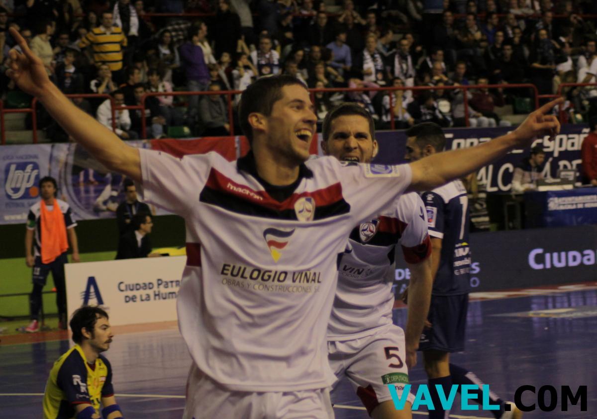 Santiago Futsal se mete en semis tras un final apasionante