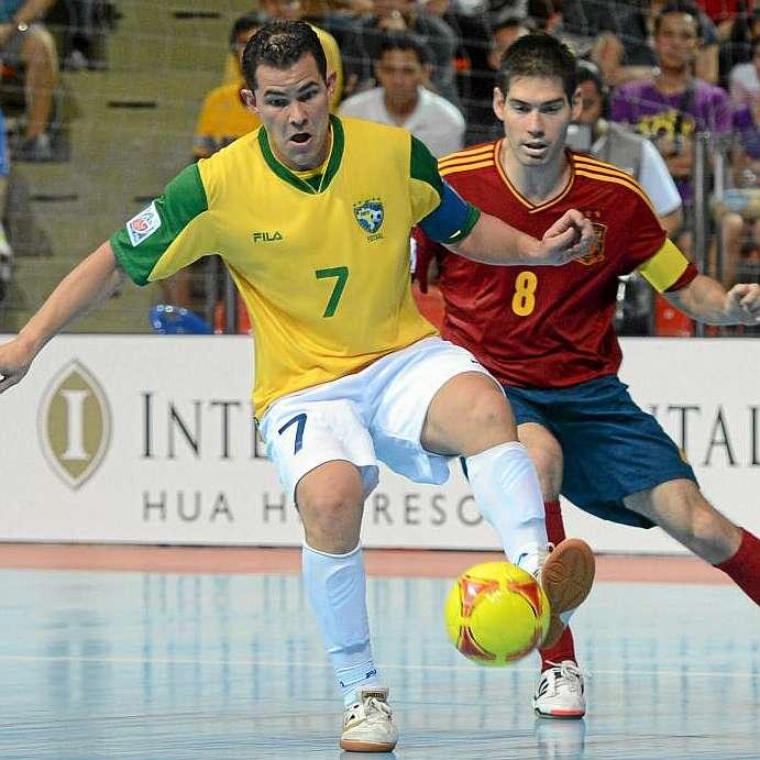 Kike Boned pone fin a su etapa en la selección española