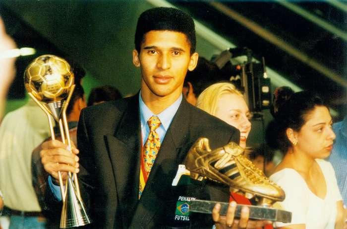 Serial Mundiales de Futsal: España 1996, tricampeonato psicológico