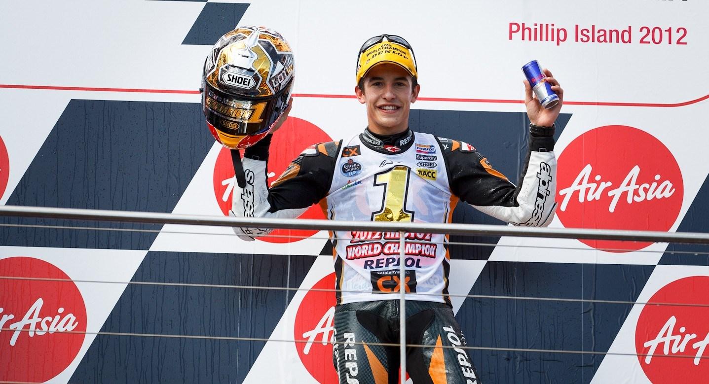 Márquez se corona en la victoria de Espargaró