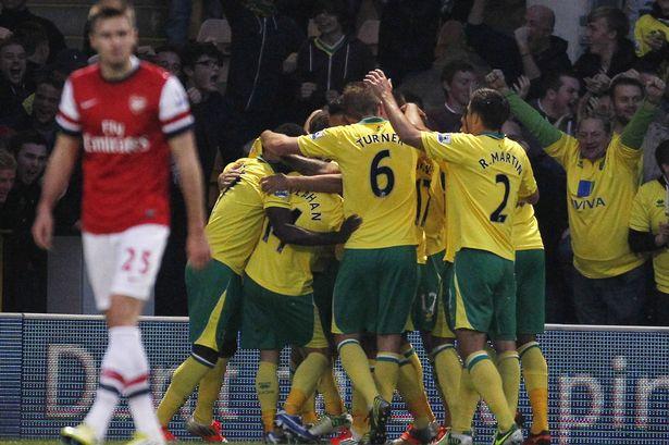 El Norwich da la sorpresa y derrota al Arsenal para salir del descenso