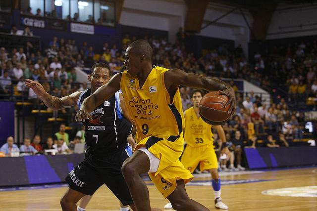 Palacios, nuevo jugador del Asefa Estudiantes