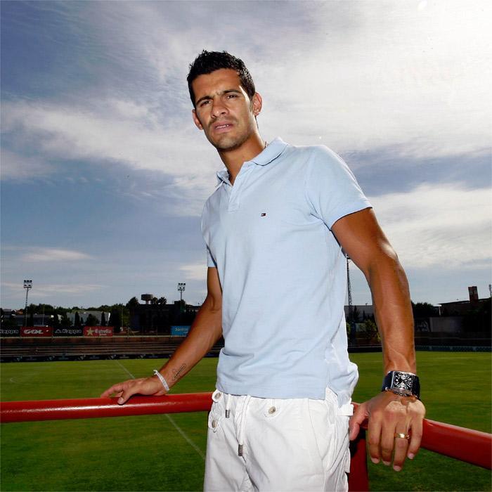 Ricardo Costa abandona lesionado el entrenamiento