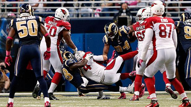 La defensiva de los Rams deja a los Cardinals en el desierto
