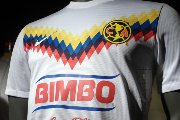 América presentó jersey conmemorativo  2f8000d980a82