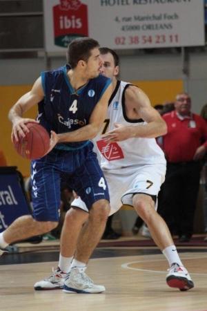 Estrella Roja-Cajasol: competir, números...y a la ACB.