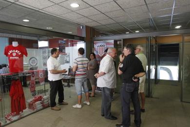 El lugo barcelona 39 b 39 ser d a del club for Unicaja barcelona oficinas