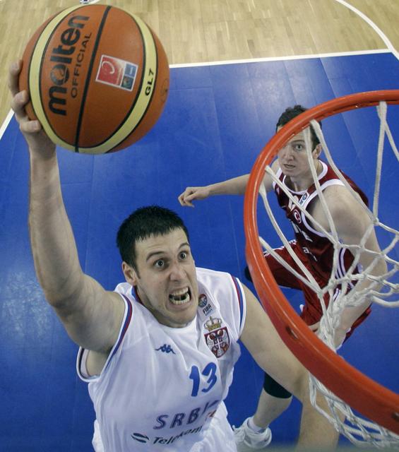 Perovic busca resarcirse en Málaga