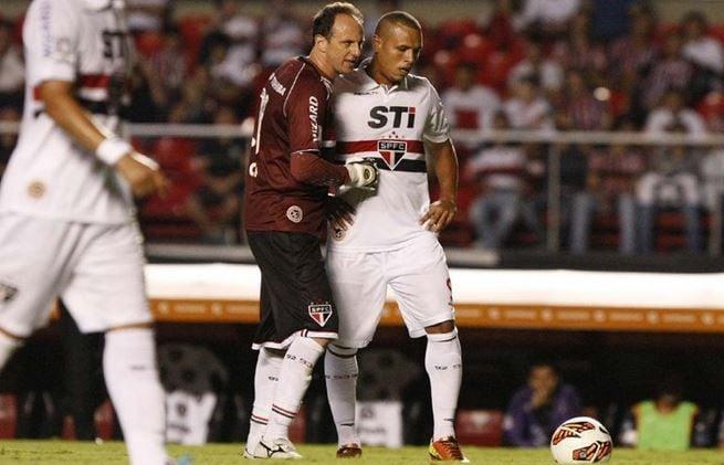 Segundo jornalista, Rogério Ceni e Luis Fabiano não se falam mais