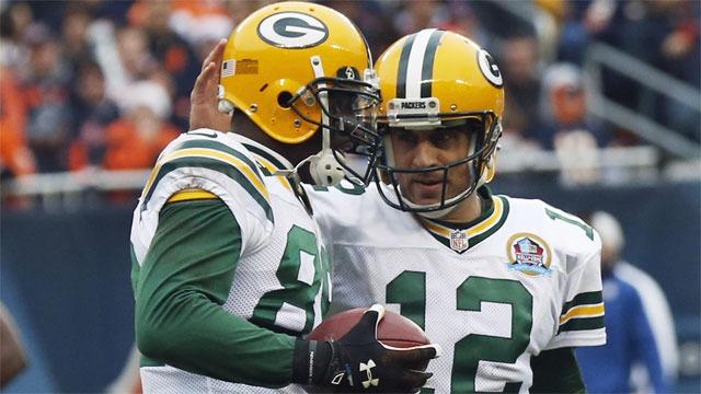 Packers clasifica al ganar el clásico más añejo de la NFL