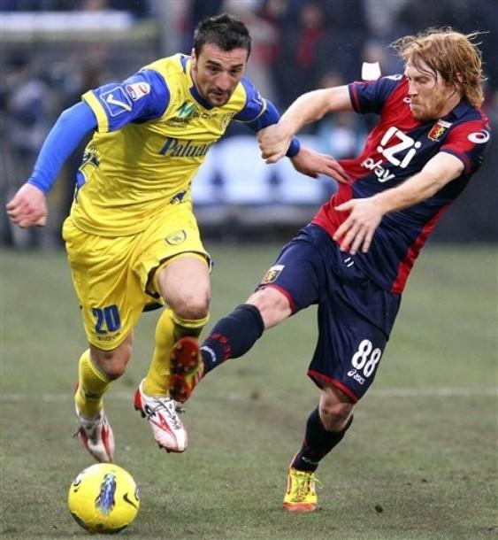 El Genoa regala tres puntos al Chievo
