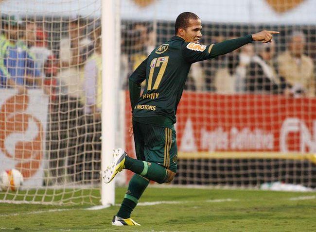 Palmeiras deve ter Ronny e Caio Mancha contra o Sporting Cristal