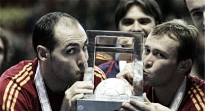 Serial Mundiales de Futsal: Taiwán 2004, España extiende su dominio