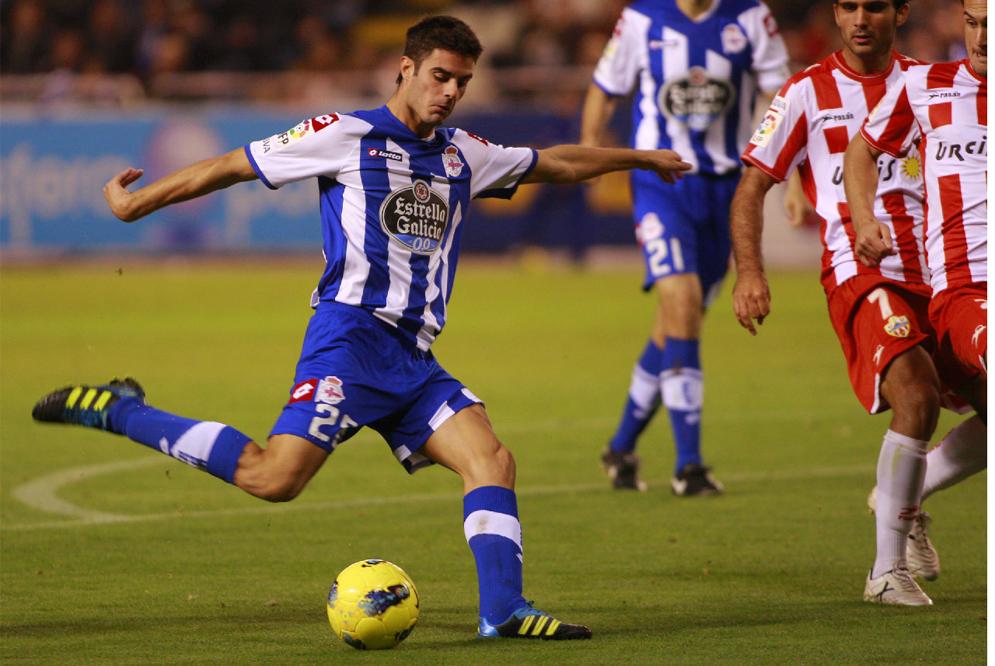 Juan Domínguez cree que es una suerte jugar en casa contra Osasuna