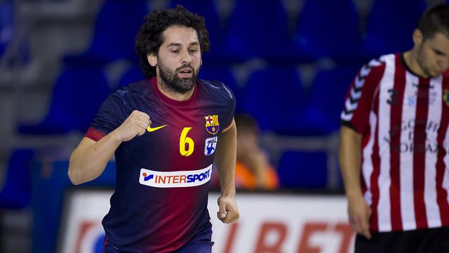 El Barcelona arroya a Cangas con un Juanín expléndido