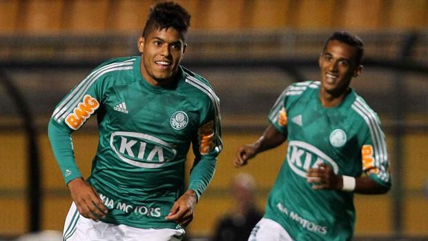 Palmeiras deve ter Leandro para confronto diante da Ponte Preta