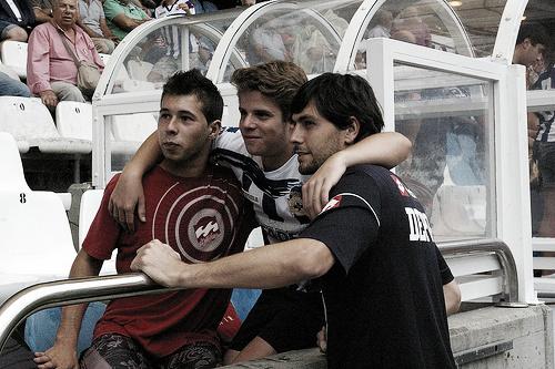 Germán Lux abraza al Deportivo