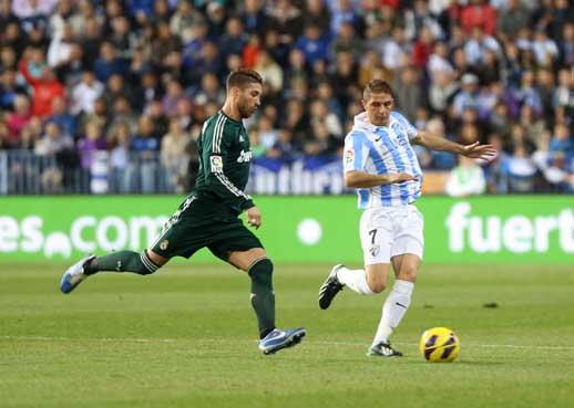 El Málaga noquea al Madrid en una noche histórica