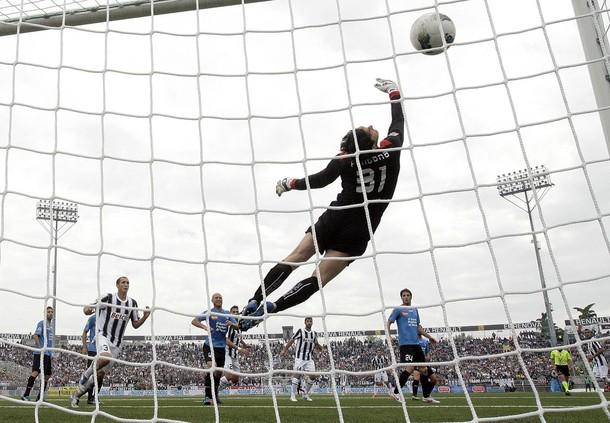 La Juventus et le Milan cartonnent