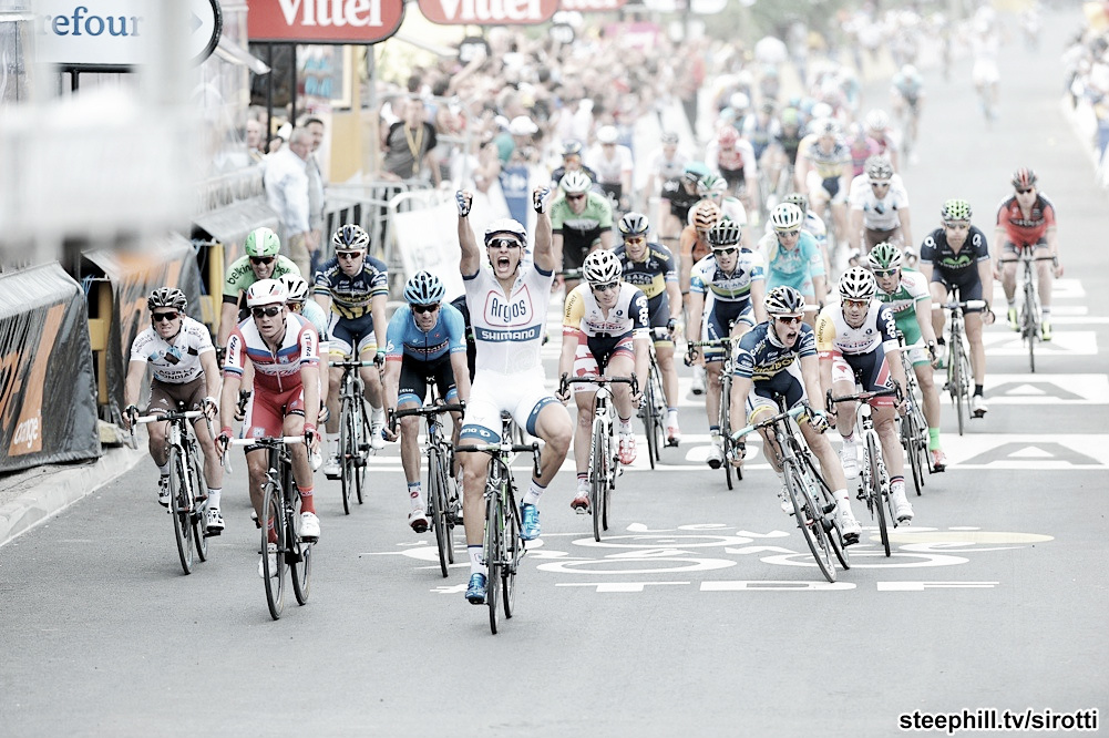 Kittel s'impose dans le chaos le plus total