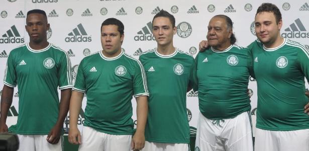 8cbaaf30c0d17 Palmeiras apresenta novo uniforme para a temporada 2013 - VAVEL.com
