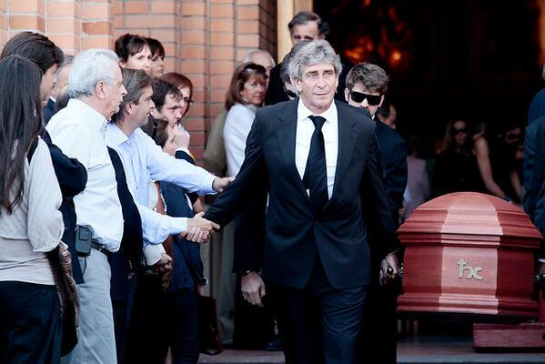 Pellegrini despide a su padre rodeado de familiares