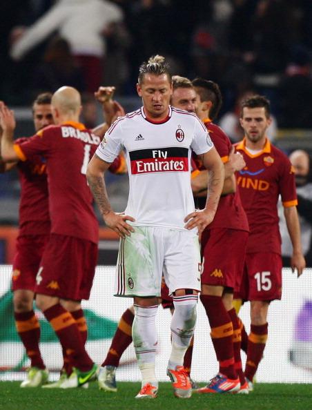 La Roma hunde al Milan en la miseria
