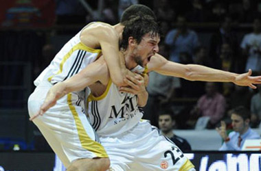 Real Madrid 76-Caja Laboral 69: los blancos a la final, game over baskonia